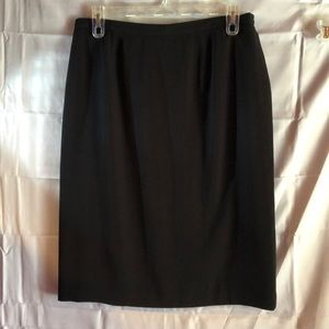 East 5th Lined Skirt